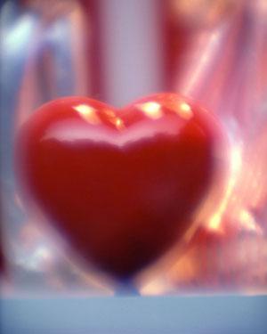 поздравительная открытка с сердечками